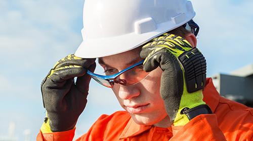 Gloves, Eyewear, Ear Protection, Masks & Clothing
