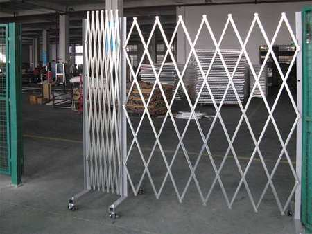 Prtble Dble Folding Gate, 12 ft.Opening