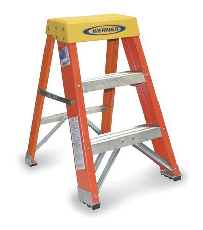 Step Stool, 24 In H, 300 lb., Fiberglass